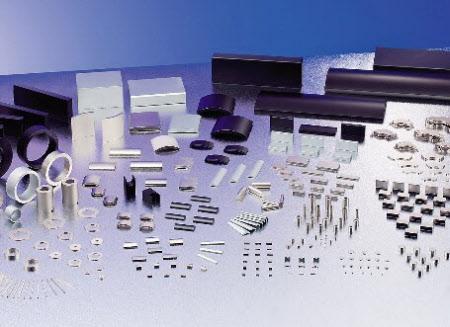 レアアースのテルビウム、ネオジムなどを使った磁石製品